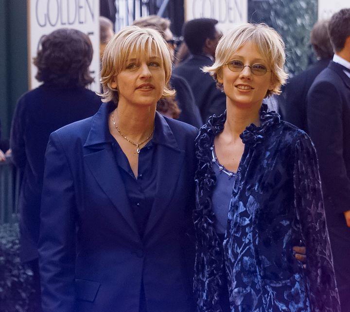Ellen DeGeneres (left) and Anne Heche at the 1998 Golden Globe Awards.
