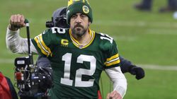 Twitter Rushes Aaron Rodgers With 'Jeopardy!' Jokes After Report On NFL