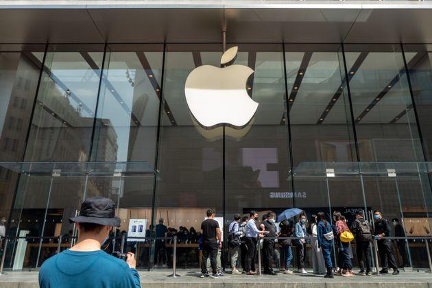 Apple s'en prend à Spotify, l'accusant de ne pas vouloir payer sa présence sur l'App Store....