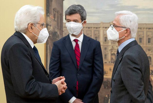Il presidente della Repubblica Sergio Mattarella con Andrea Orlando, ministro del lavoro e delle politiche...