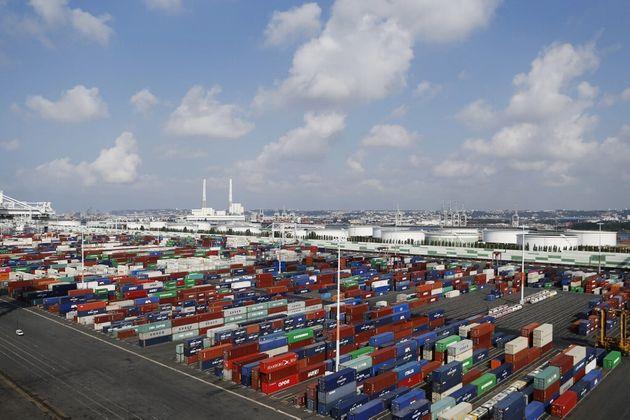 Une vue générales du port du Havre le 6 septembre