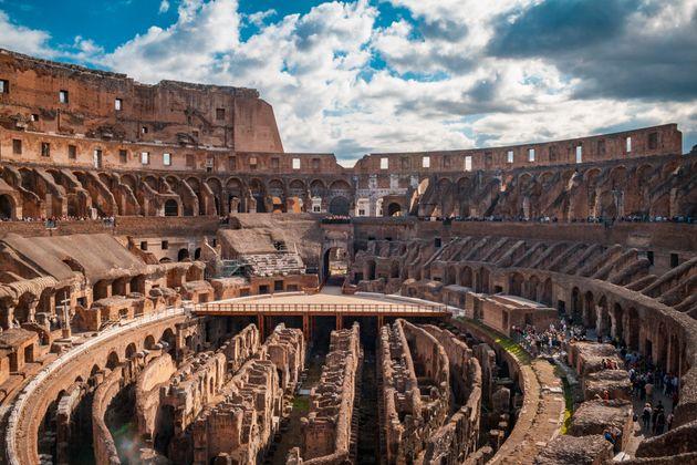 Ρώμη: Νέο δάπεδο υψηλής τεχνολογίας στην αρένα του