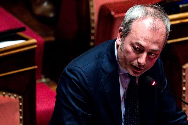 Il presidente della commissione Giustizia, Andrea Ostellari, durante la discussione in aula al Senato...