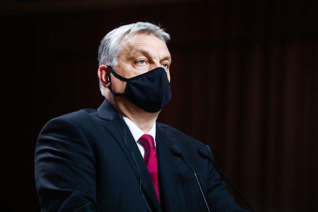 La censura di Orban è da oggi più