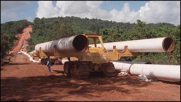 En Birmanie, Total exploite depuis des décennies les ressources naturelles en énergies...