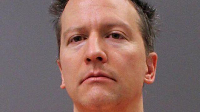 Derek Chauvin's Attorney Requests New Trial For 'Jury Misconduct'.jpg