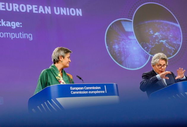 Margrethe Vestager (L) and Thierry Breton