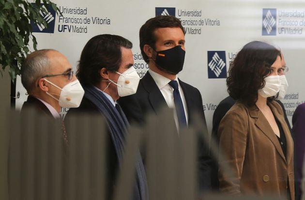Aznar y Ayuso, con Casado de por medio en un