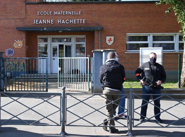 L'école maternelle Jeanne-Hachetituée dans le quartier populaire du Faubourg de Béthune, à Lille, a été...