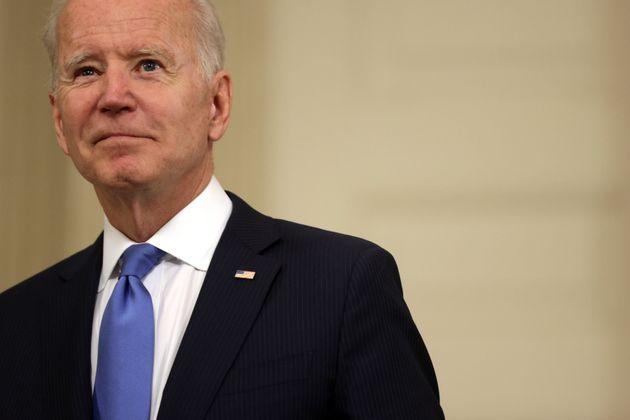 La svolta di Joe Biden: sì alla sospensione dei brevetti dei vaccini