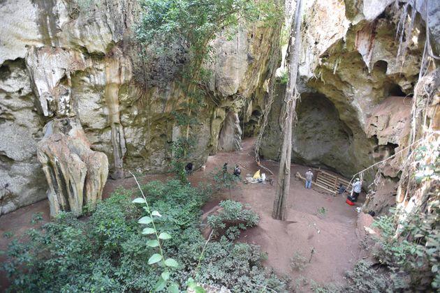 Excavación de trinchera en Panga ya Saidi, donde se encontró el