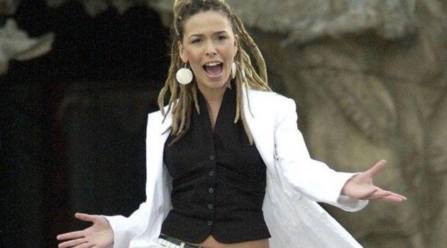 Beth en el videoclip de
