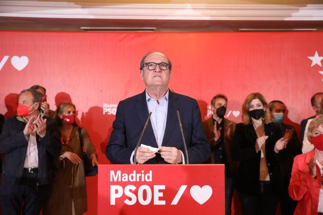 El candidato del PSOE a la presidencia de la Comunidad de Madrid, Ángel Gabilondo, comparece tras...