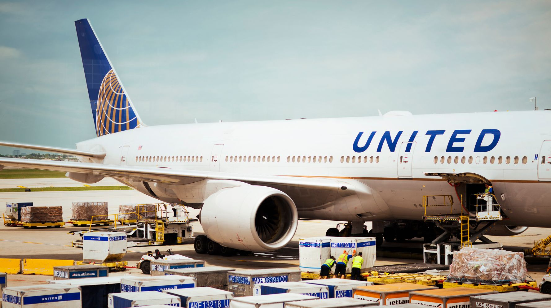 United's Catering Workers Unionized. Now Their Jobs Might Be Outsourced.