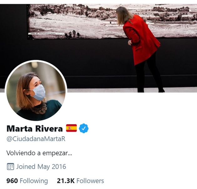 Captura de la descripción del perfil de Marta Rivera en