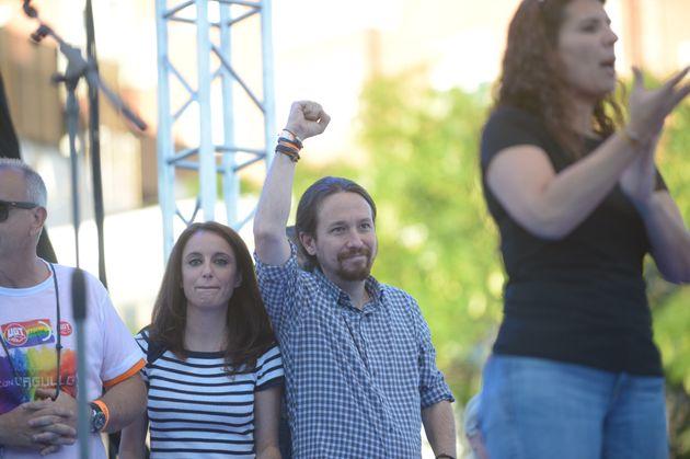 Andrea Levy y Pablo Iglesias, durante el Orgullo