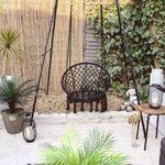 Influencer - διακοσμήτρια μεταμόρφωσε τον κήπο της με 115 ευρώ και μας λέει