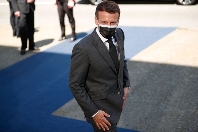 Emmanuel Macron, en déplacement au sommet européen de Porto ce vendredi 7 mai, ademandé...