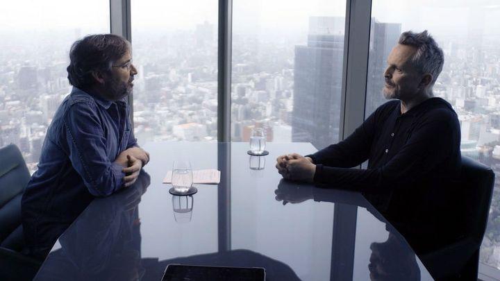 Jordi Évole y Miguel Bosé durante la entrevista en 'Lo de Évole'.