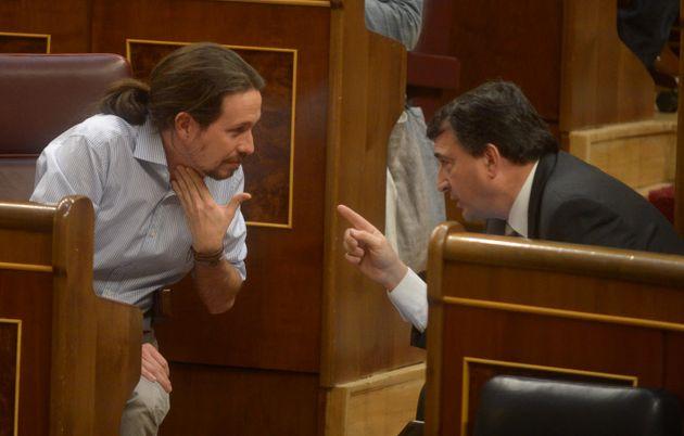 Pablo Iglesias y Aitor