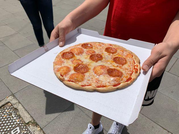 こちらが自販機が作ったピザです(2021/05/07)