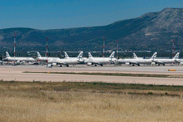 Παράταση περιορισμών σε πτήσεις