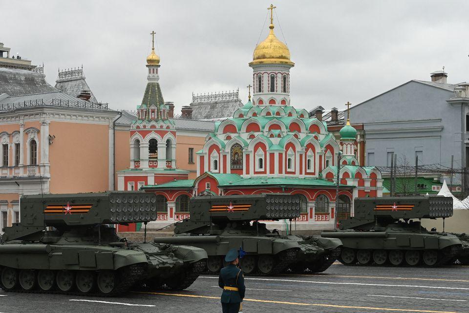 Ημέρα της Νίκης- Η μεγαλειώδης στρατιωτική παρέλαση στη Μόσχα για το τέλος του Β' Παγκοσμίου