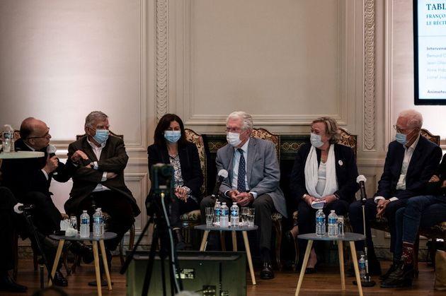 Bernard Cazeneuve, Jean Glavany, Anne Hidalgo, Pierre Joxe, Beatrice Marreet Lionel Jospin se sont retrouvés...