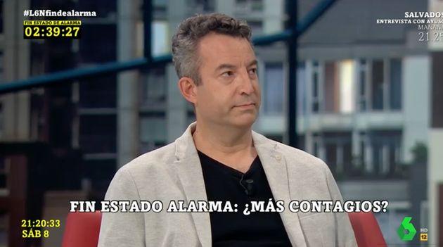 El médico César Carballo, en el plató de 'La Sexta