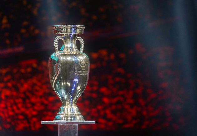 À partir du 11 juin prochain, 24 sélections européennes de football tenteront de soulever le trophée...