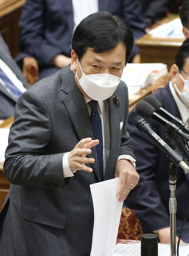 衆院予算委員会で質問する立憲民主党の枝野幸男代表