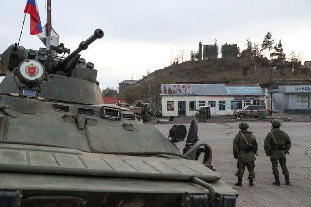 Νότιος Καύκασος: Οι Ρώσοι αυξάνουν σημαντικά την στρατιωτική παρουσία τους στην