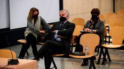 Las acusaciones populares piden al tribunal de la 'caja b' que valore credibilidad de Aznar y