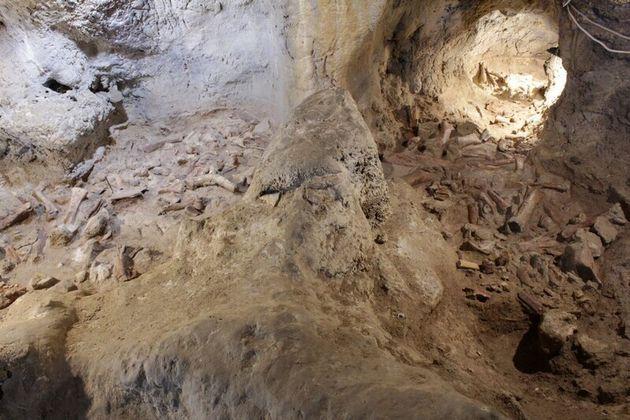 과타리 동굴