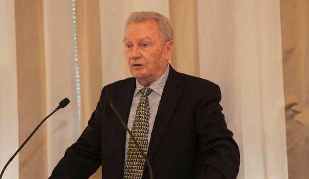 Yves Bonnet, ici en 2018 lors d'une cérémonie à la Questure de l'Assemblée...