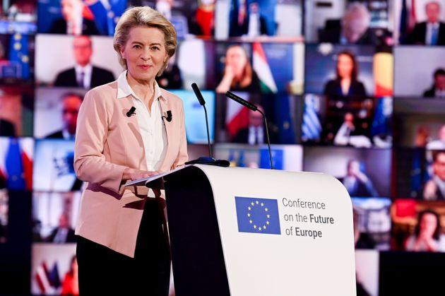 La presidenta de la Comisión Europea, Ursula von der Leyen, en la Conferencia por el Futuro de
