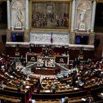 L'Assemblée nationale adopte finalement le pass