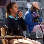 Une arbitre de tennis demande de l'aide face à la colère du père d'une