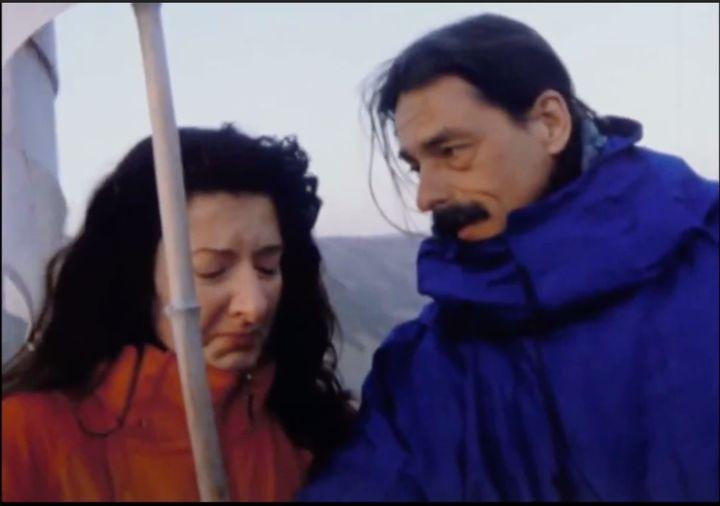 Encuentro entre Ulay y Marina Abramović en 'The Lovers'.