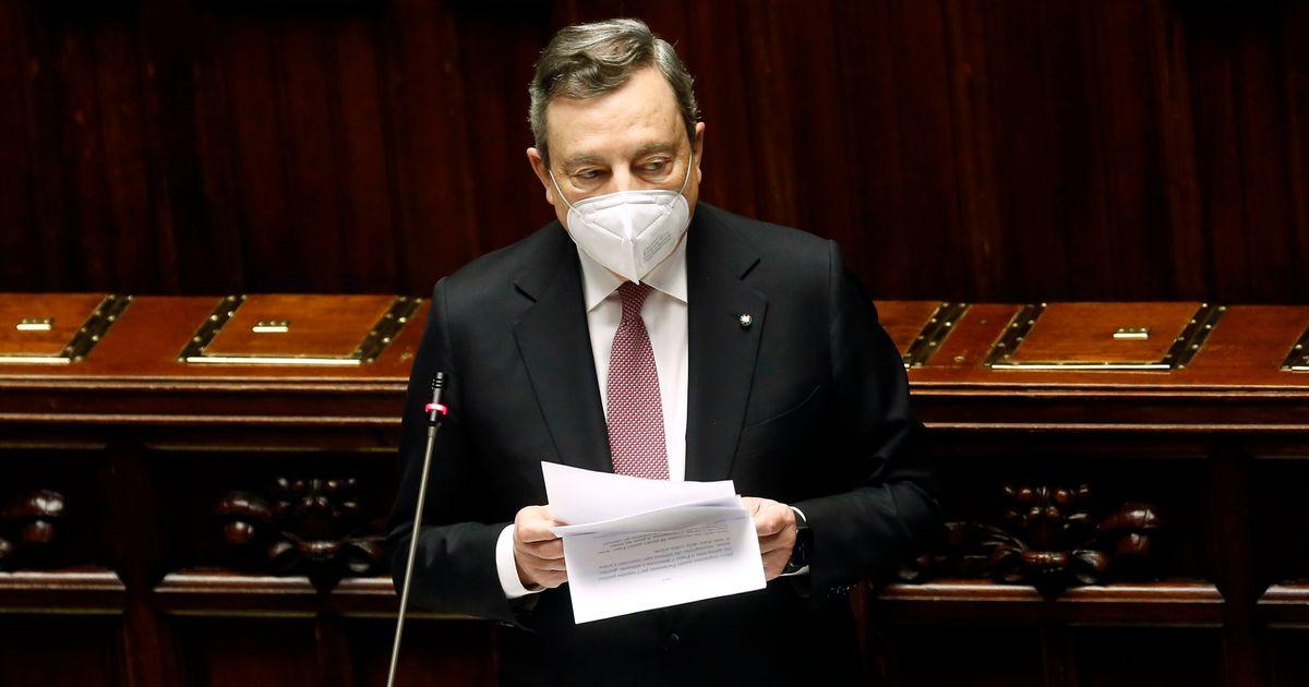 """Draghi: """"Nessuno deve essere lasciato solo in acque italiane"""""""