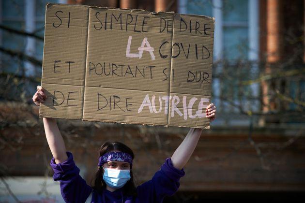 À Toulouse, lors des manifestations pour la journée internationale des droits des femmes, le 8 mars 2021.(Photo...