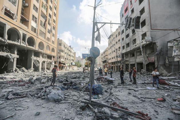 Daños materiales en Ciudad de Gaza tras un bombardeo de Israel en la