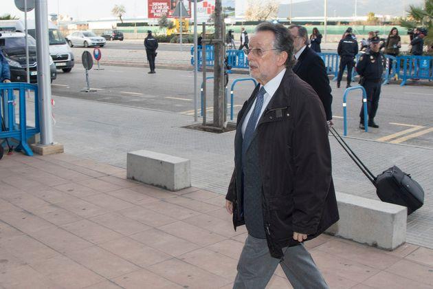 Alfonso Grau, en los juzgados, por un proceso