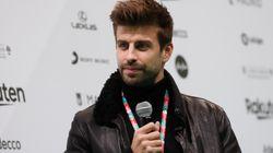 Piqué cuelga en Madrid una lona para promocionar la Copa Davis con un claro mensaje