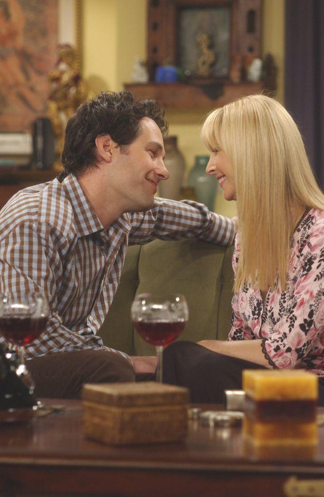 Paul Rudd and Lisa Kudrow on the set of