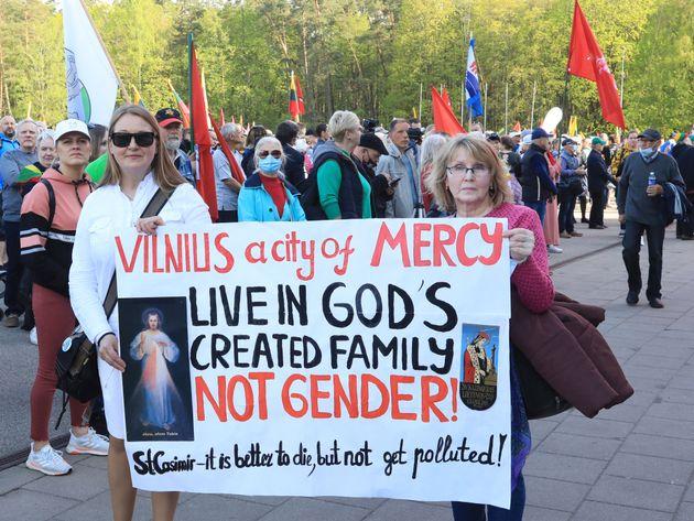 En Lituanie, les unions civiles de même sexe engendrent des manifestations
