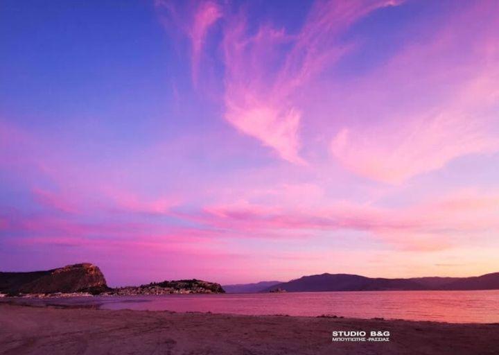 Ηλιοβασίλεμα στο Ναύπλιο
