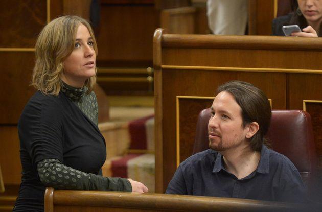 Tania Sánchez y Pablo Iglesias en el Congreso en