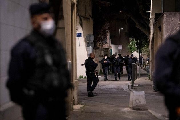 (photo prise le 5 mai à Avignon, lors de la sécurisation de la zone où Éric Masson a été