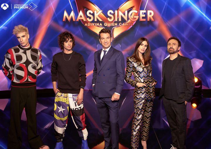 Presentadores de la segunda edición de 'Mask Singer'.